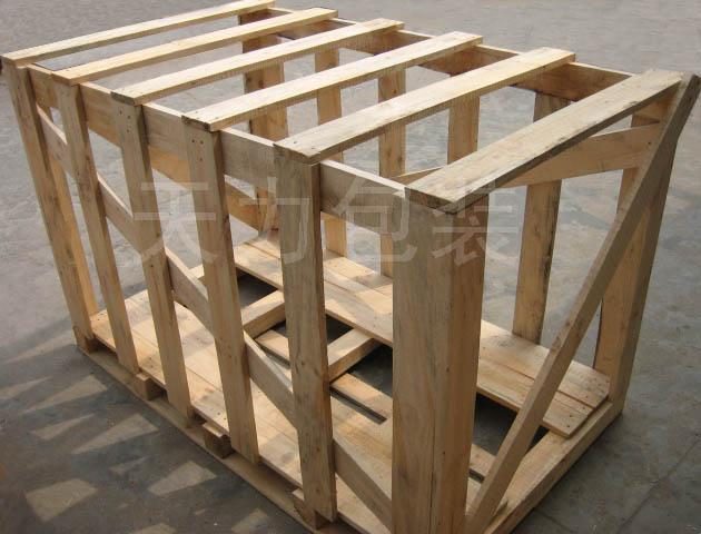 免熏蒸花格木箱; 常熟市天力包装有限公司